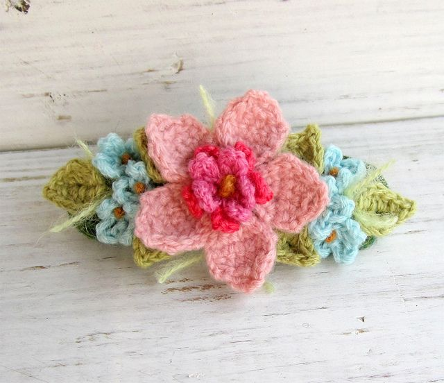 Floral crochet hair barrette in pink and aqua