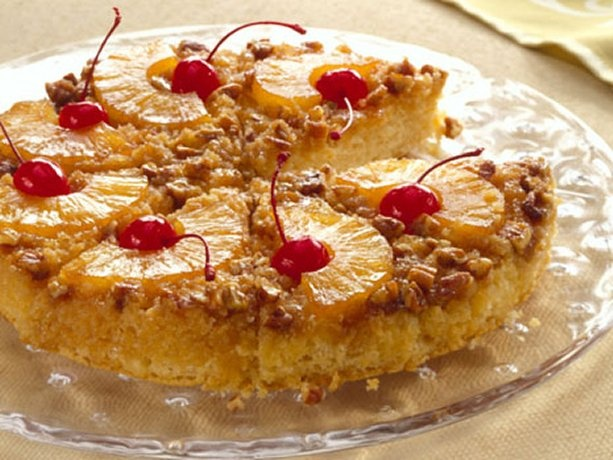 Quick Pineapple Upside-Down Cake. Be a winner with your family! Bake a classic Bisquick® dessert created in the '50s and still loved today! Delicious!