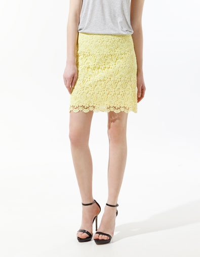 So unique lace skirt. I don't have one, other than lace shorts.  Look like Zara enhance the design and with pastel color. Nice job!