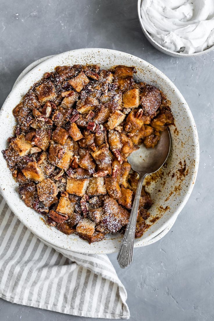 This Fall Inspired Pumpkin Bread Pudding Is Vegan And Gluten Free With A Pumpkin Coconut Pudding Bas Vegan Bread Pudding Pumpkin Bread Pudding Coconut Pudding