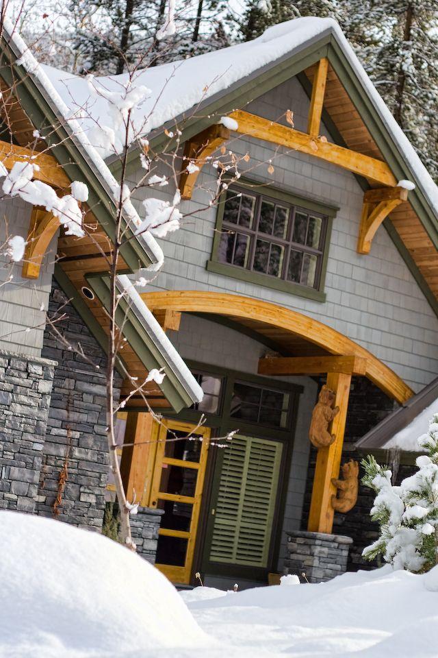 Exterior by Quiniscoe Homes  quiniscoe.ca