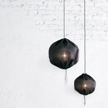 Kuu lamp, black, by One Nordic.