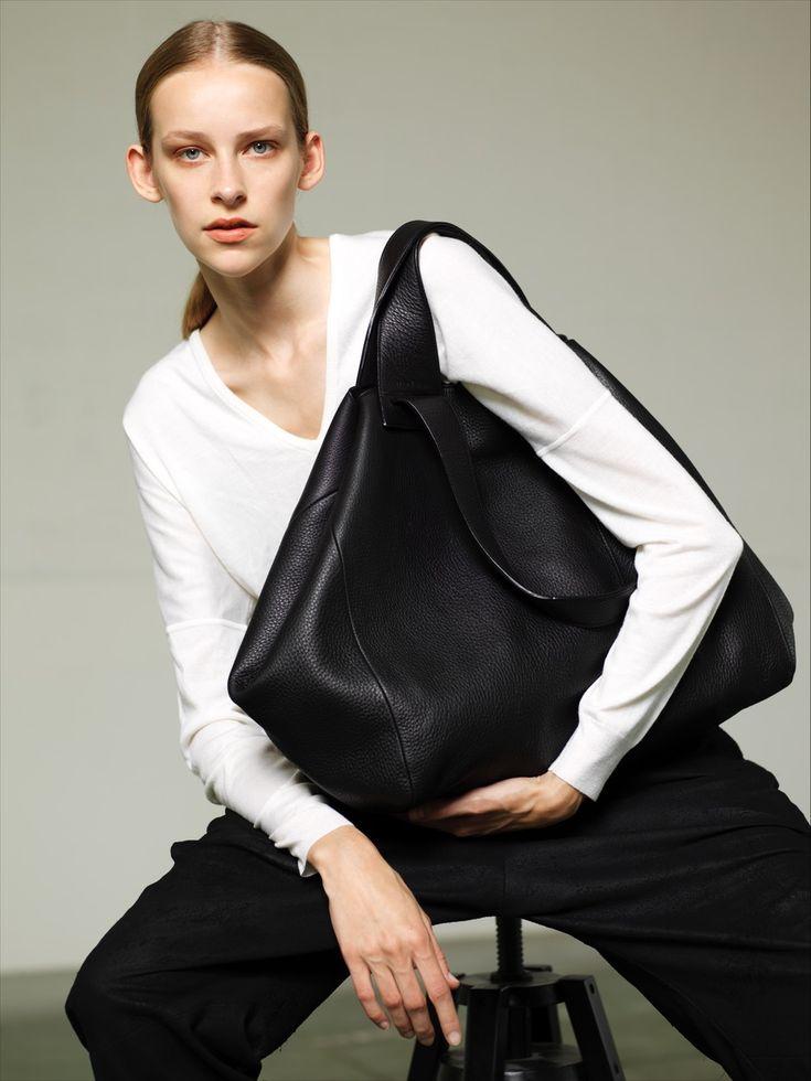NO/AN Avia bag