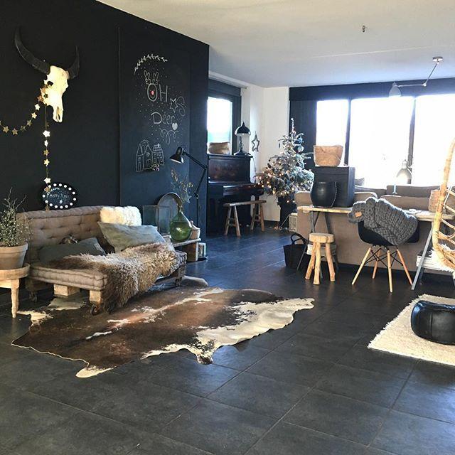 Vandaag naar de bios en lekker gourmetten! Fijne 2e kerstdag IG!🌲✨✨😘#interiorinspo #interiors #interiorwarrior #showhometop5 #nordicinspiration #interior4all #interiordesign #vtwonenbijmijthuis #instahome #stoerwonen #christmasdecorations #nordicinterior #scandinaviandesign #house #huis