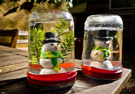 Glass Jar Christmas Crafts - 17 Homemade Inspirations - Help us save these poor Santas – but please, don't break the jars!