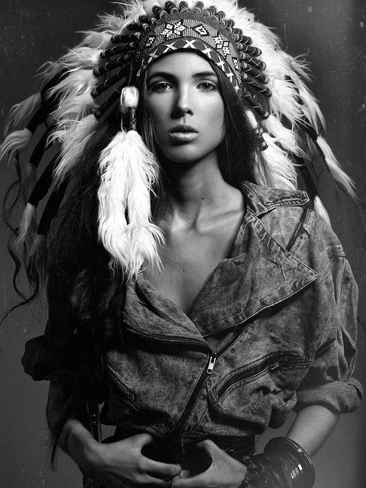 Nadine D.S. by Niklas Bergstrand #model #native #indian #headpiece