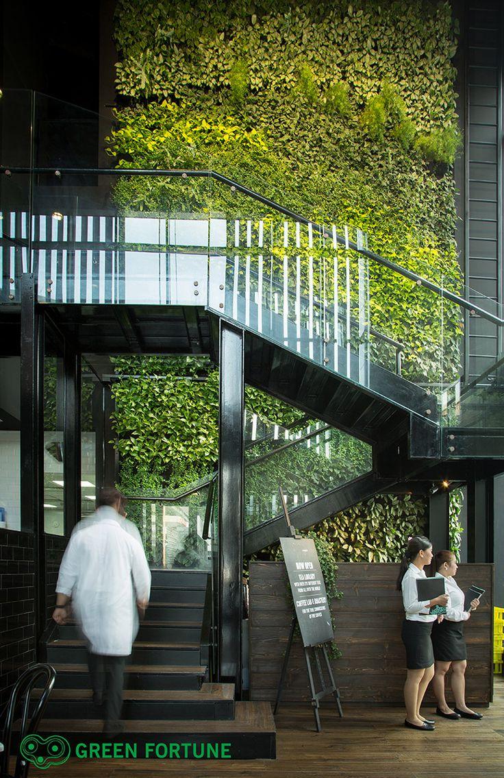 Plantwall, Vertical garden, Greenwall, Green Fortune, groene wand, verticale tuin, Pflanzenwand, Dubai