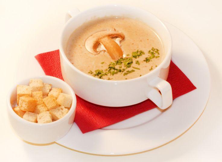 Суп-пюре из шампиньонов - рецепт.