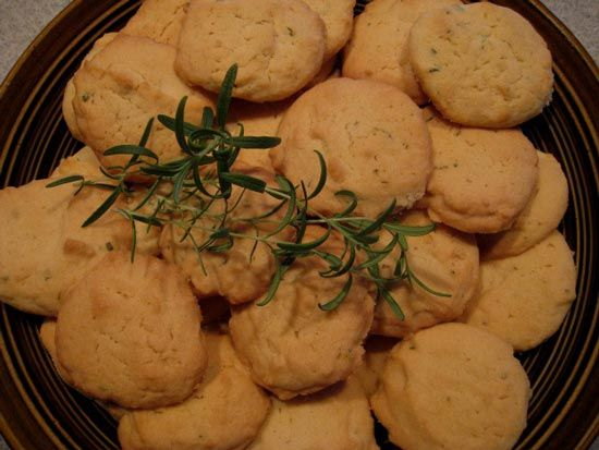 Hallowe'en, Samhain, The Witches' New Year – with recipes!
