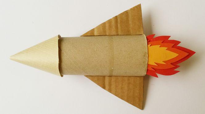 fusée en carton