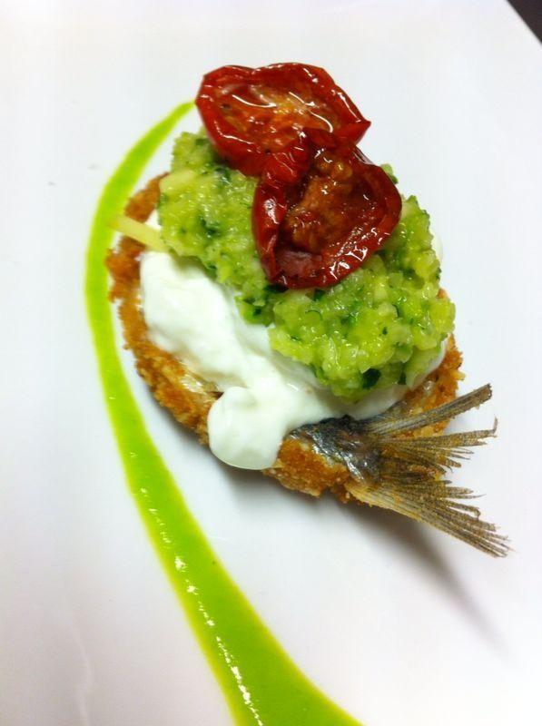 Sarda in crosta di frutta secca con stracciatella, zucchine e pomodori confit www.luciomelechef.it/ricette-chef-lucio-mele/