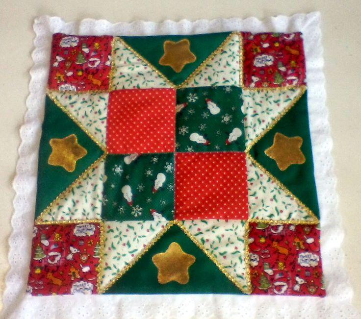 carpeta confeccionada con técnica de patchwork y apliques