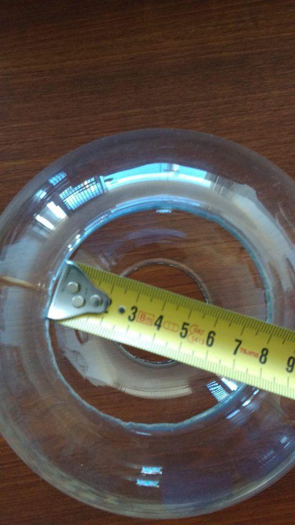Ogni forma di lampada da tavolo, da terra o lampadario può essere richiesta su misura abbinata ad applique in pasta di vetro, in stile anni '50 o in particolari forme in base alle vostre esigenze. Pin Su Ricambi In Vetro Soffiato Di Murano