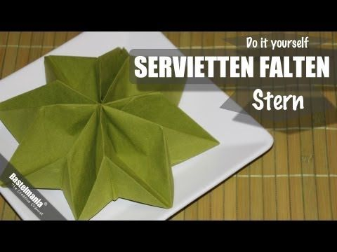 ▶ Servietten falten Anleitung Stern / Fold a napkin star - YouTube (not in English)
