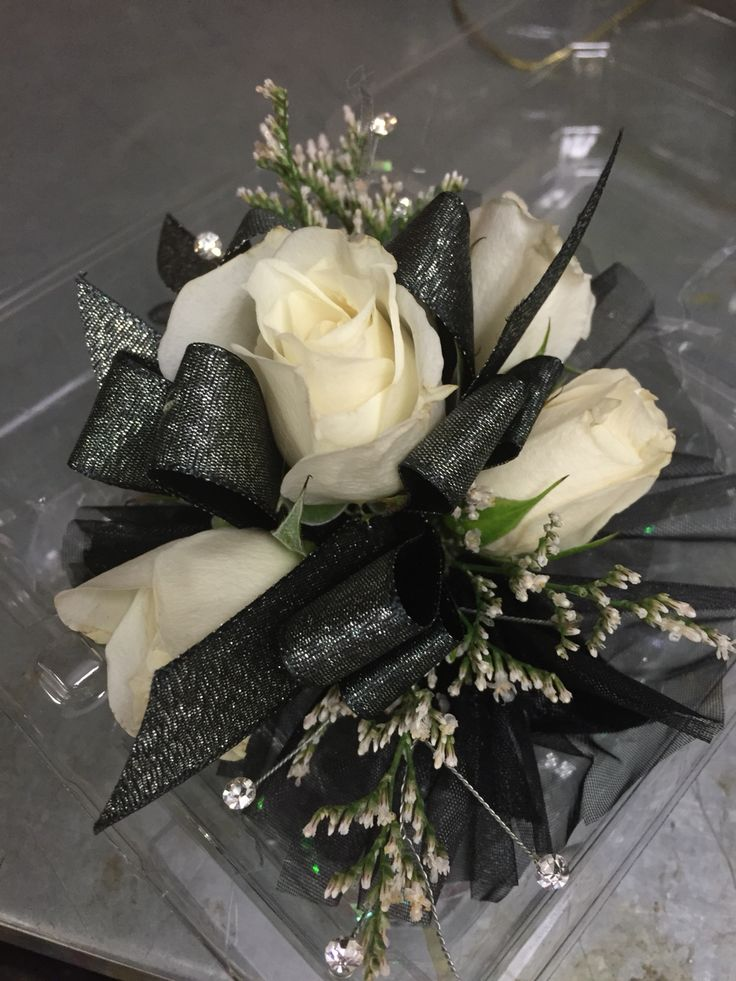 541 Best Images About Corsages And Boutonnieres Gallery