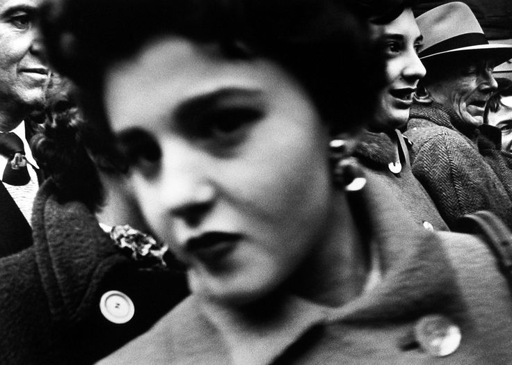 William Klein Big face Big buttons New York 1955