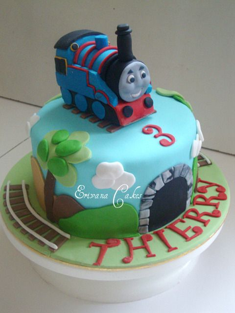 How To Make A Thomas The Train Birthday Cake