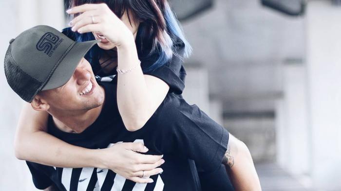 Irfan Bachdim Ulang Tahun - Ini Dia Ungkapan Cinta Sang Istri, Jennifer…