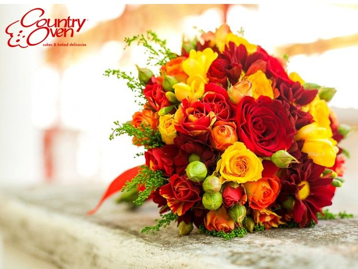 Show Your Love and Appreciation to your loved ones with this Beautiful Bunch of Roses. Order online @ countryoven.com #flowers #flowerbouquets