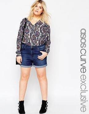 ASOS CURVE – Jeans-Shorts mit hoher Taille in Indigoblau