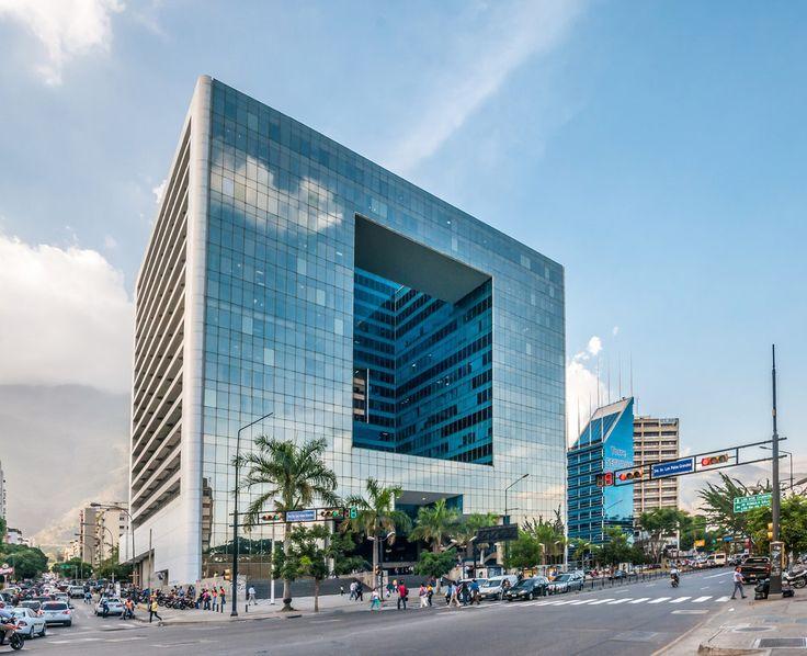 Parque Cristal, Altamira: | 33 Imágenes de Caracas que te garantizan un placentero paseo arquitectónico