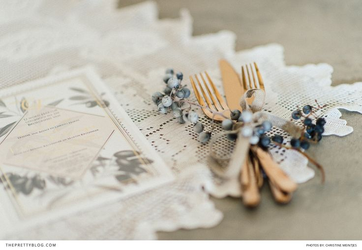 Neutral easter decor ideas! Beautiful rose gold cutlery! Photography: Christine Meintjes | Styling: Fleur le Cordeur