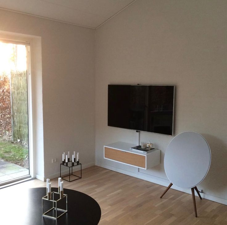 Thank You karinaworsoe for sharing your B&O interior on Instagram! A9 dressed in white in this Scandinavian living room.