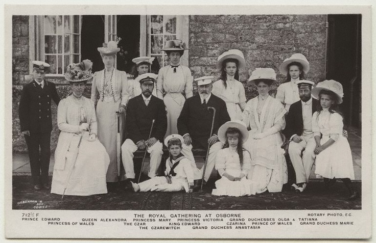 Royal Gathering at Osborne--British and Russian royal families.: Vintage Postcards, Arthur William, Imperial Families, British Royalty, Imperial Russia, Families Photo, Russian Royals, British Royals Families, Russian History