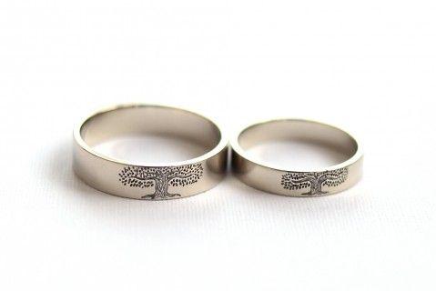 Кольца с рисунком | Unison Jewellery | гравировка на кольцах | заказать