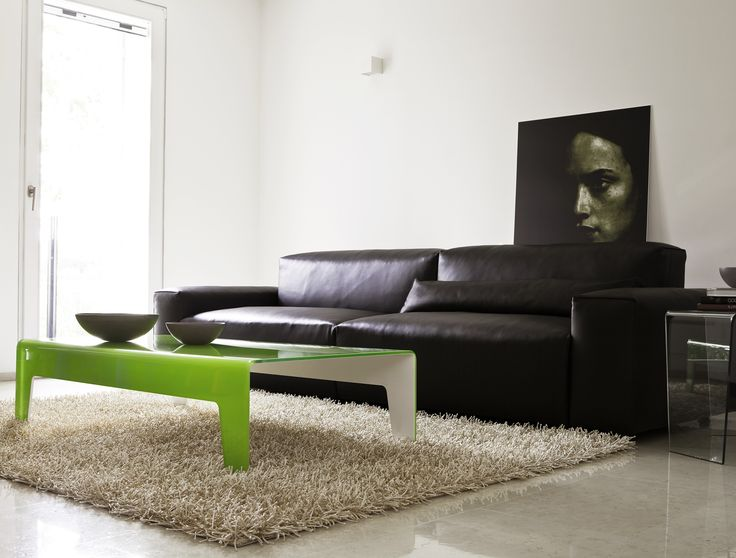 Frog coffee table. Really minimalist, really beautiful