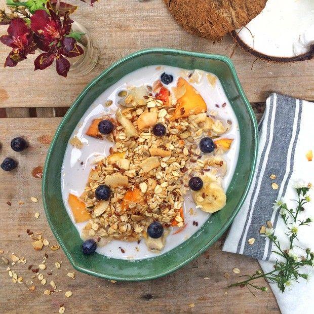Cereal com leite de castanha deixa o café da manhã saudável