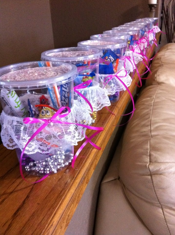 Why Use Cheap Little Plastic Goodie Bags For Birthday Parties Have Some Fun Be Creative 4 A Dollar At The Store And Gli