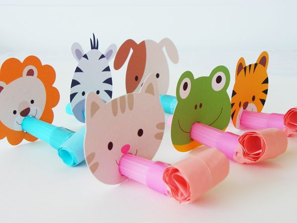 hello, Wonderful - 10 FUN DIY PARTY POPPERS AND BLOWERS