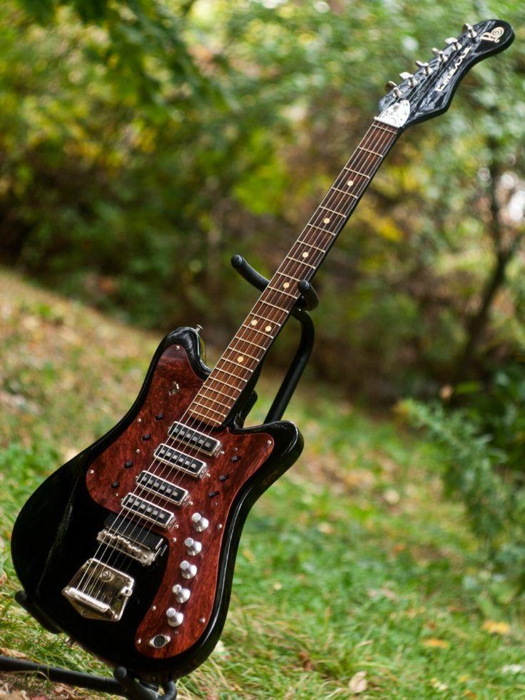Rare vintage USSR Soviet STEREO electric guitar STELLA Turtleshell pickguard - Amazing looking thing.
