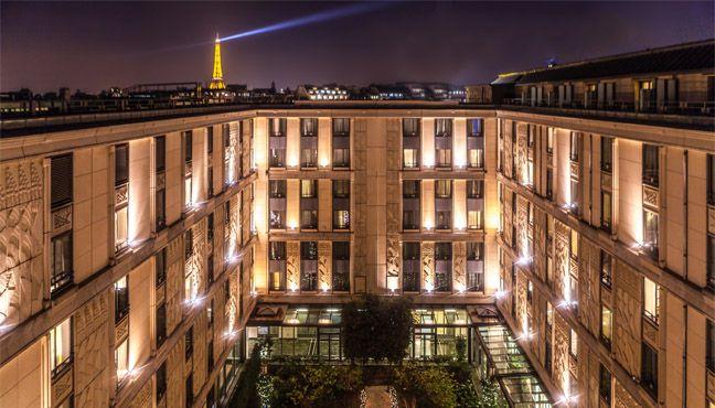 泊ってみたいホテル・HOTEL|フランス>パリ>シャンゼリゼ通りから徒歩10分!アールデコ様式ホテル>ヒルトン アルク ドゥ トリオンフ パリ ホテル(Hotel du Collectionneur Arc de Triomphe)