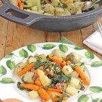La menestra de verduras esun plato tradicional que no me gustaba mucho comer de pequeña y que ahora de mayor me encanta. Me parece una cena fantástica, muy completa e ideal para toda la familia, u