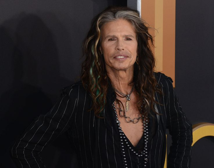 @IamStevenT hits Seattle tomorrow with his Out on a Limb tour! Don't miss out! #Music