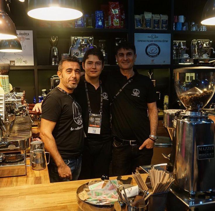 Aslan baristalar #istcoffeefest #fun #nice #cool #espresso #like #instagood #kahve #kahvekeyfi #kahvegram #kahvesever #kahvekulturu #coffee #coffeelover #coffeeshop #coffeeholic #coffeeculture #twitter #amazing #awesome #barista #italianstyle