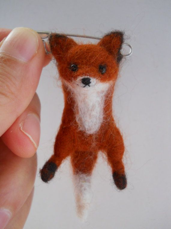 Miniature swinging fox safety pin brooch. by FeltCuriousShop. So cute!