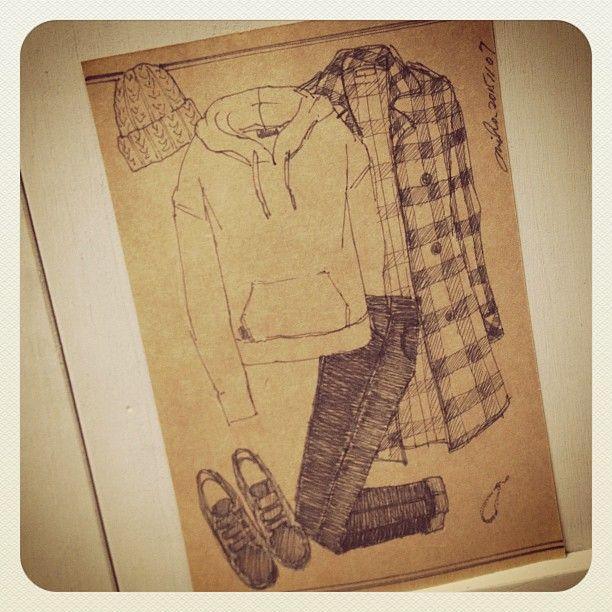 Today's illustration☆ シャツコート×スウェット×ブラックデニム。折り返しの足首見せとアンクレットでメンズライクになり過ぎない女性カジュアルスタイル。 #ボールペンイラスト #illustration #fashion #ファッションイラスト #スウェット
