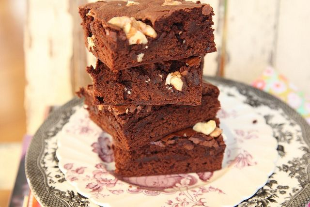 Triple Chocolate Black Bean Brownies. Mmm, the taste of delicious delicious resolutions melting like snow in January.