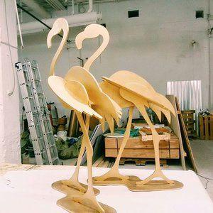 Золотые, не розовые #ПунктМ #фламинго #витринистика #декорации #оформление #бутафория #фотозона #оформлениеТЦ #декор #eventdecor #decor #decoration