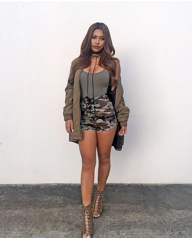 Chic Mix - Camo Shorts - Open Toe Sandals - Summer Time - Fashion Killa - Urban