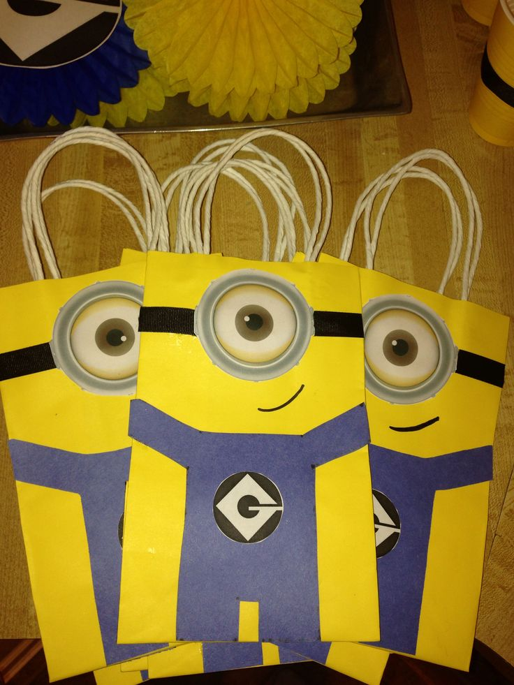 diy minion goodie bags diy minion themed birthday. Black Bedroom Furniture Sets. Home Design Ideas