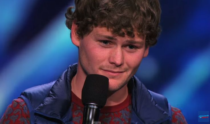 "Drew Lynch, the first-ever ""Golden Buzzer"" on America's Got Talent Season 10 (2015)!"