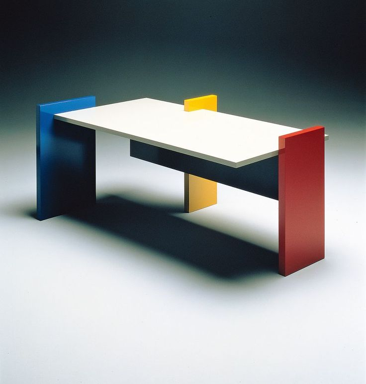 SILVESTRIN Design: Hommage à MondrianDesk