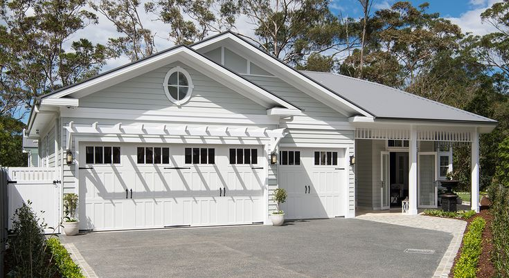 Street view: What are the defining factors of a Hamptons façade? | Scyon Wall Cladding