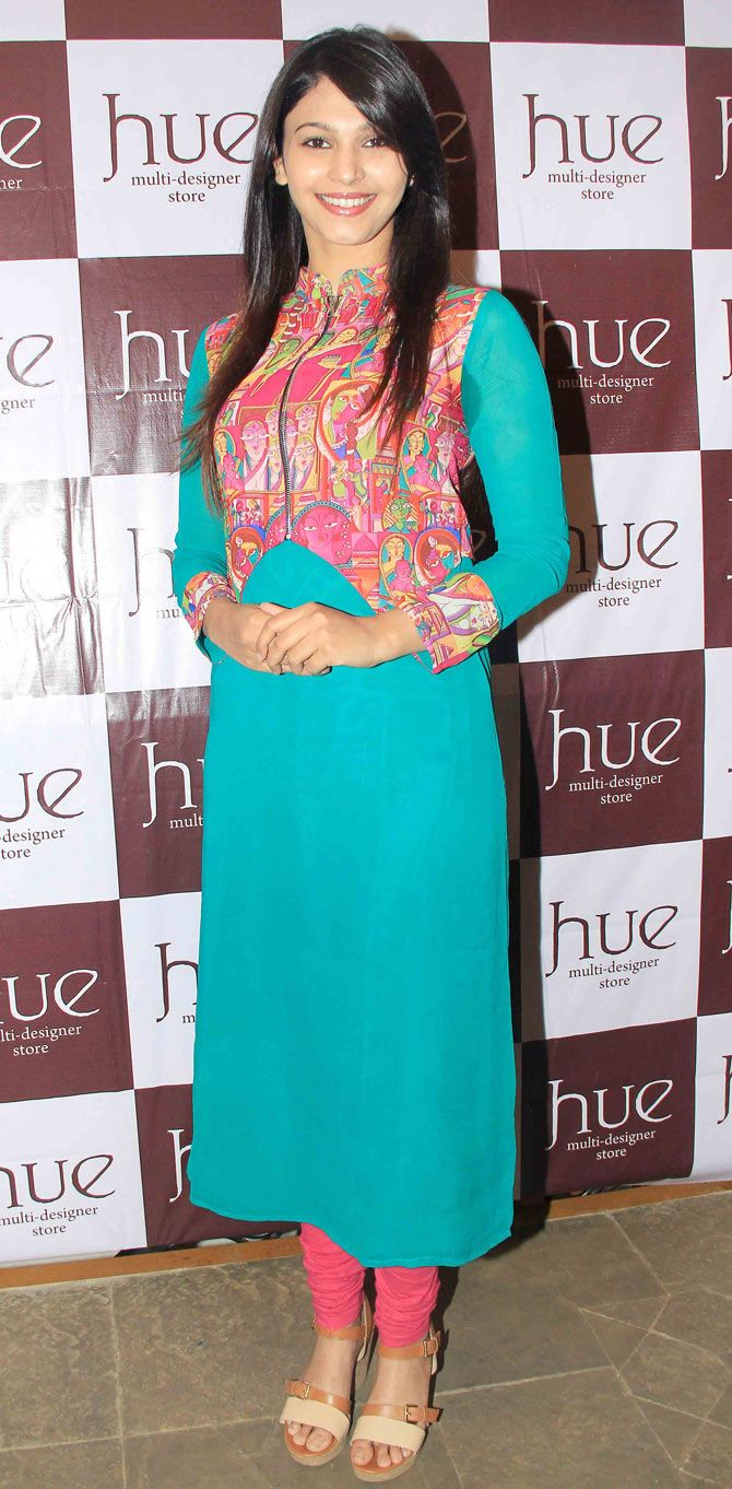 Shamata Anchan at the festive collection preview of a major fashion label. #Bollywood #Fashion #Style #Beauty