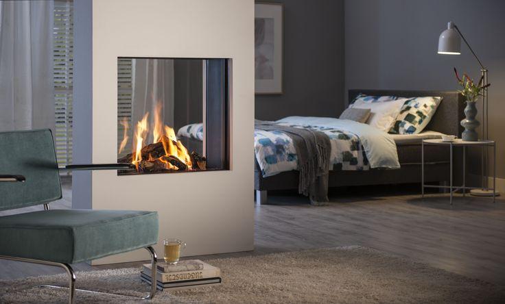 Vrijstaande doorkijkhaard als scheidingselement tussen slaapkamer en woonkamer - Helex i-frame