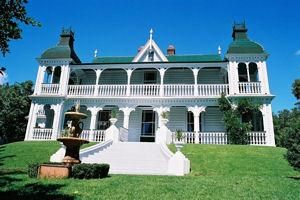Alberton House Alberton is significant as one of the best-preserved houses of the colonial elite in the Auckland region, providing tangible evidence of the grandeur and individuality of many such residences.